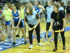 Les filles du collège Saint Marie avec Charlotte prête à l'action