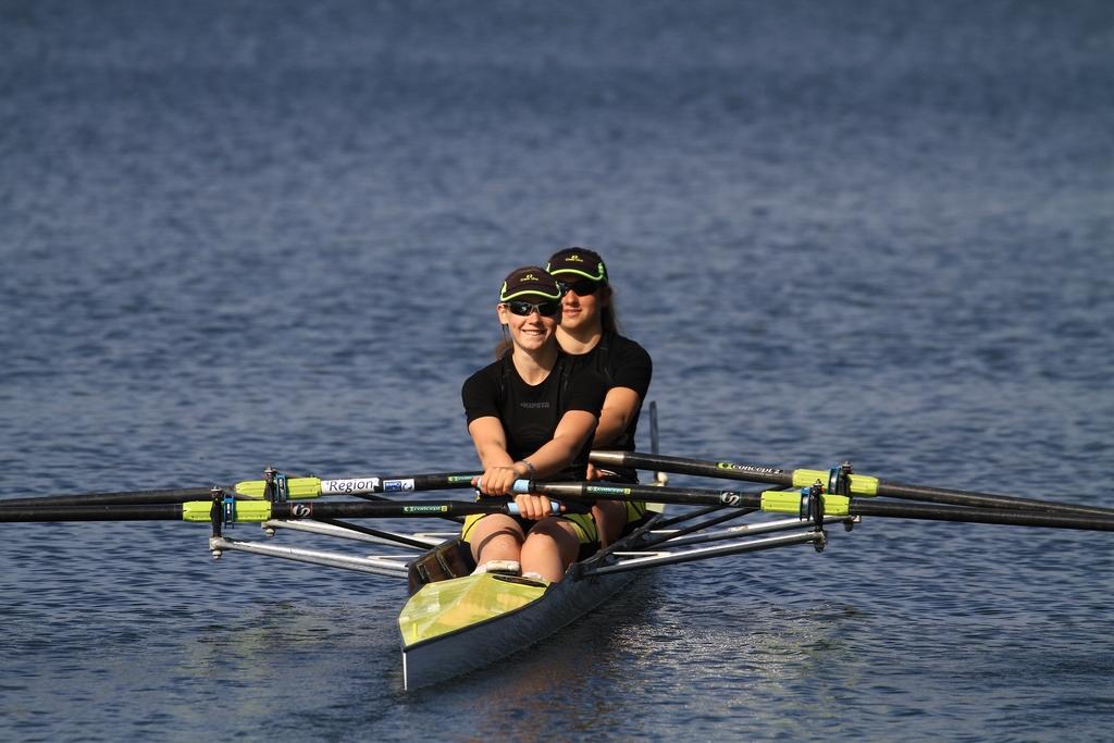 Emma et Alexia à l'embarquement avant leur victoire